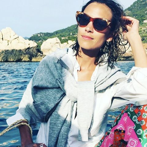The Styling Trick Alexa Chung Always Does Costs Nothing