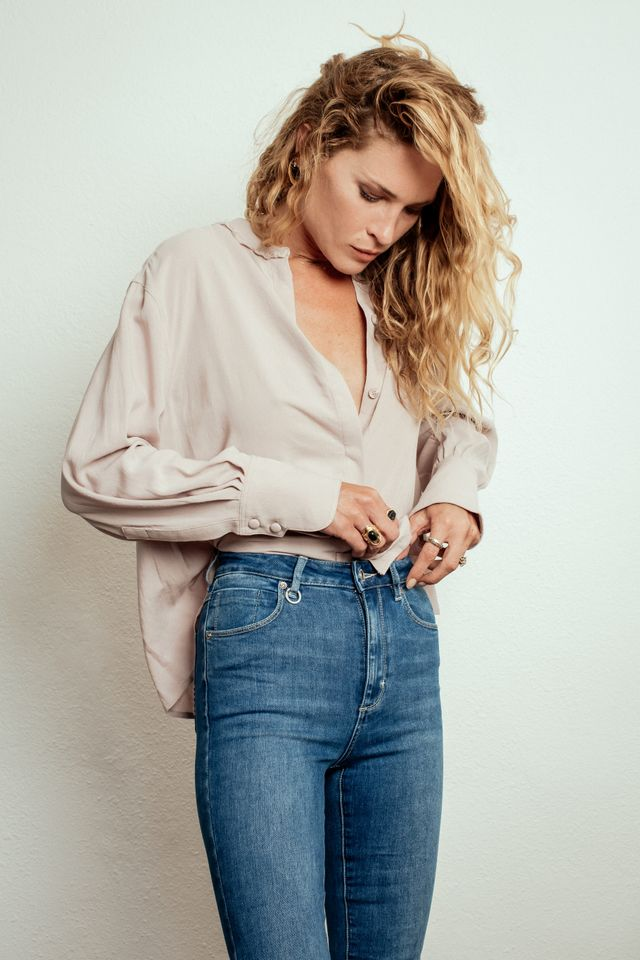 Who What Wear Australia: What are the biggest denim trends for spring? Rich Bell: The biggest denim trend by far is the revival of the '90s look. Heavy stone washes and bright blue colours...
