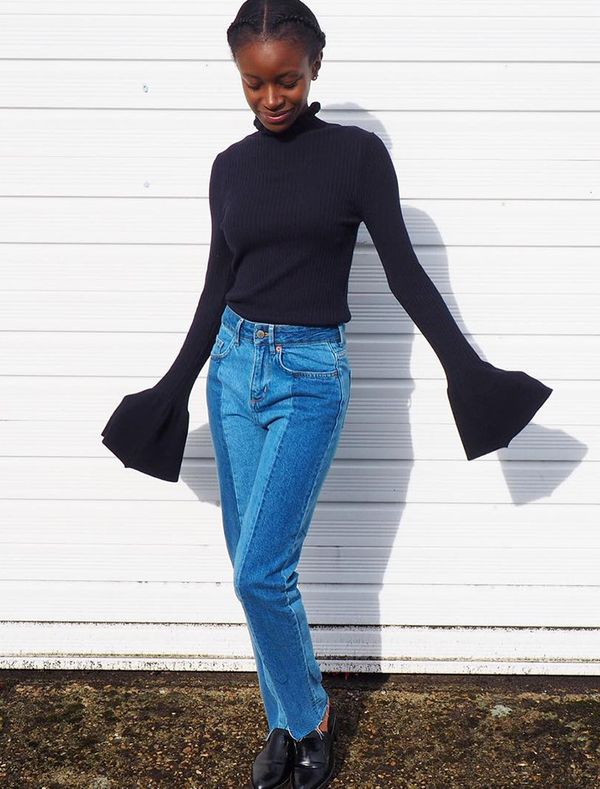 bell-sleeve-turtleneck-styling