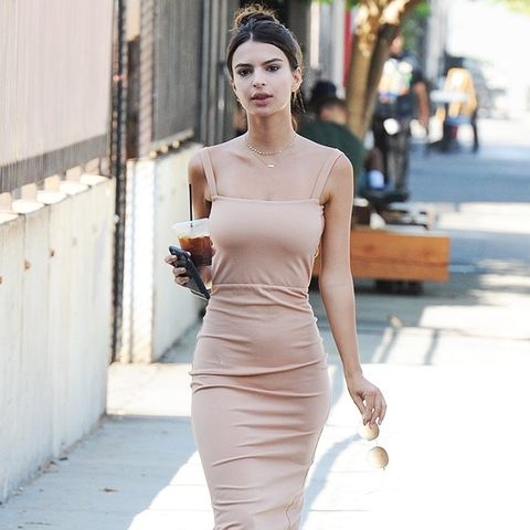 The Outfit Formulas Emily Ratajkowski Wears on Repeat