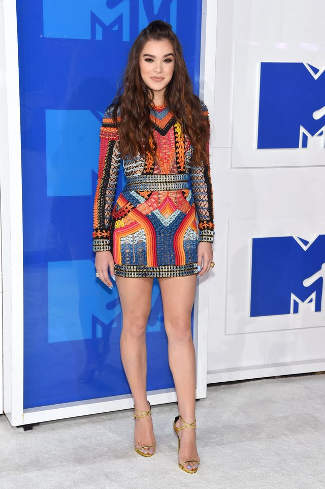 WHO: Hailee Steinfeld