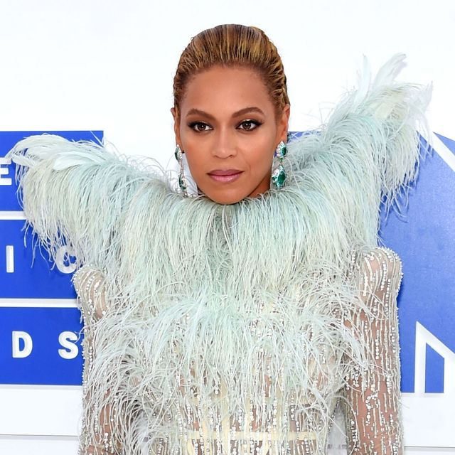 The VMA Red Carpet Looks Everyone Is Talking About