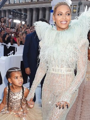 Beyoncé's Matching VMAs Look With Blue Ivy Is the Cutest Thing We've Ever Seen
