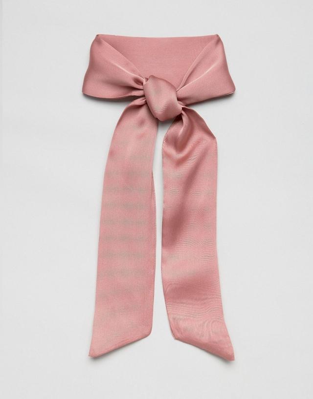 Necktie: