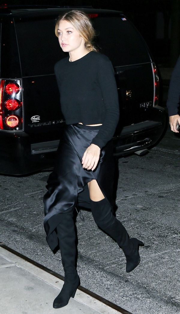 Gigi Hadid all-black outfit