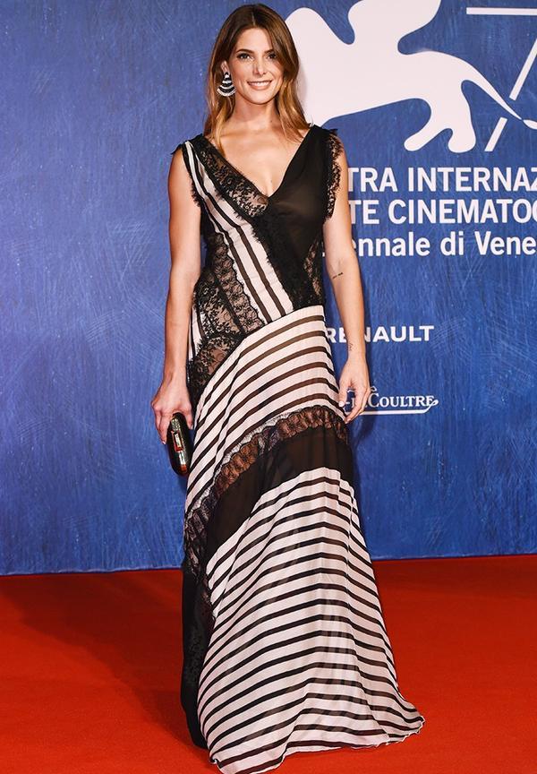 WHO: Ashley Greene. WEAR:Alberta Ferretti gown; Jimmy Choo heels.
