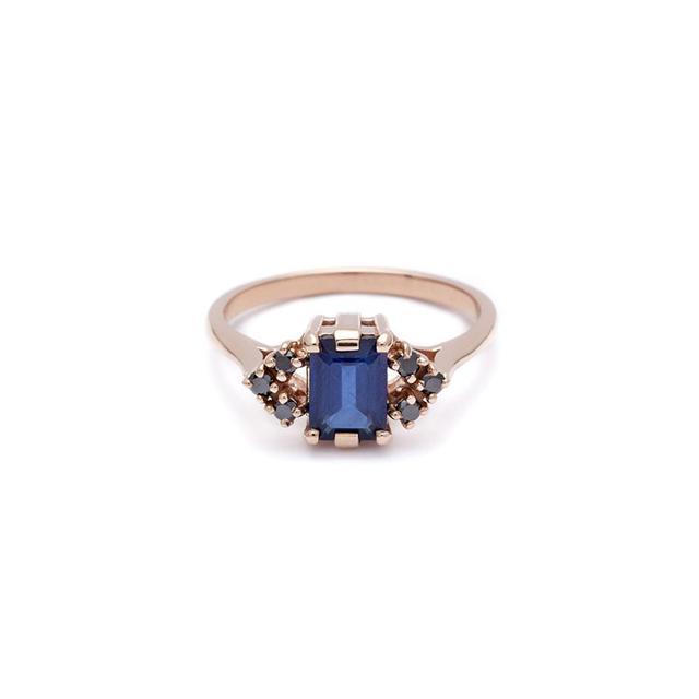 Anna Sheffield Bea Arrow Ring