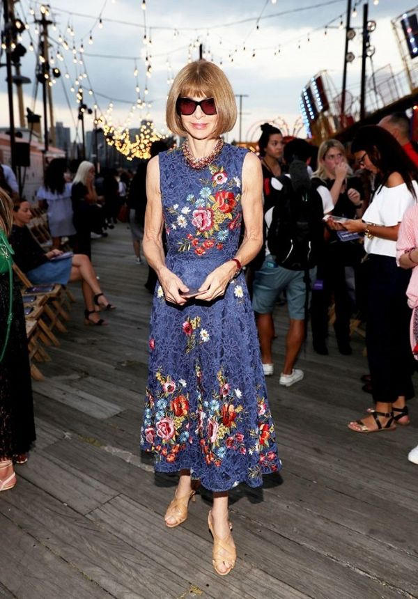 WHO:Anna Wintour WHERE:Tommy Hilfiger S/S 17 show