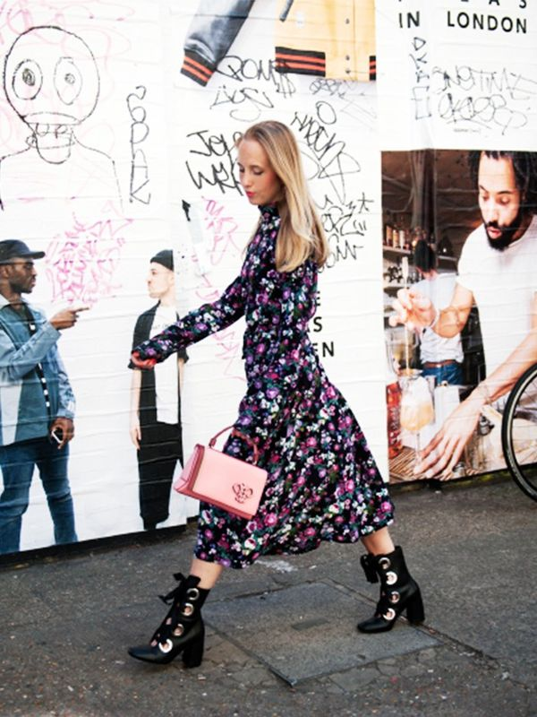 Style Notes: Alice Zielasko of Alice Point is currently a woman after our own hearts—who doesn't love a floral H&M dress–and–ankle boot combo? Punctuate with a pink bag...