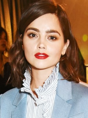 7 Cool-Girl Beauty Tricks We Learnt From Jenna Coleman