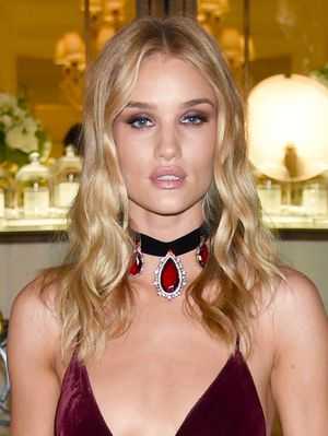How to Wear Fall's #1 Trend Like Rosie Huntington-Whiteley