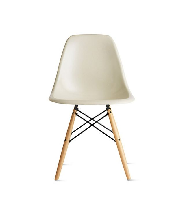 Eames Molded Fiberglass Dowel-Leg Side Chair