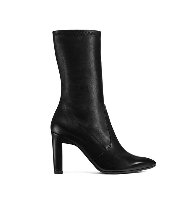 Stuart Weitzman Clinger in Black