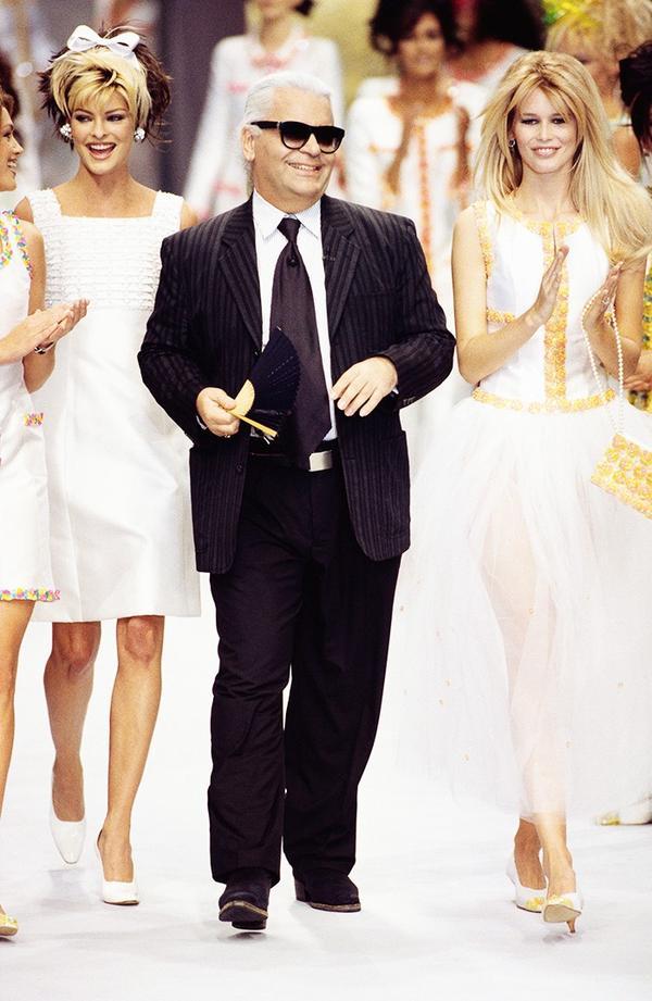 Karl Lagerfeld Chanel runway '90s