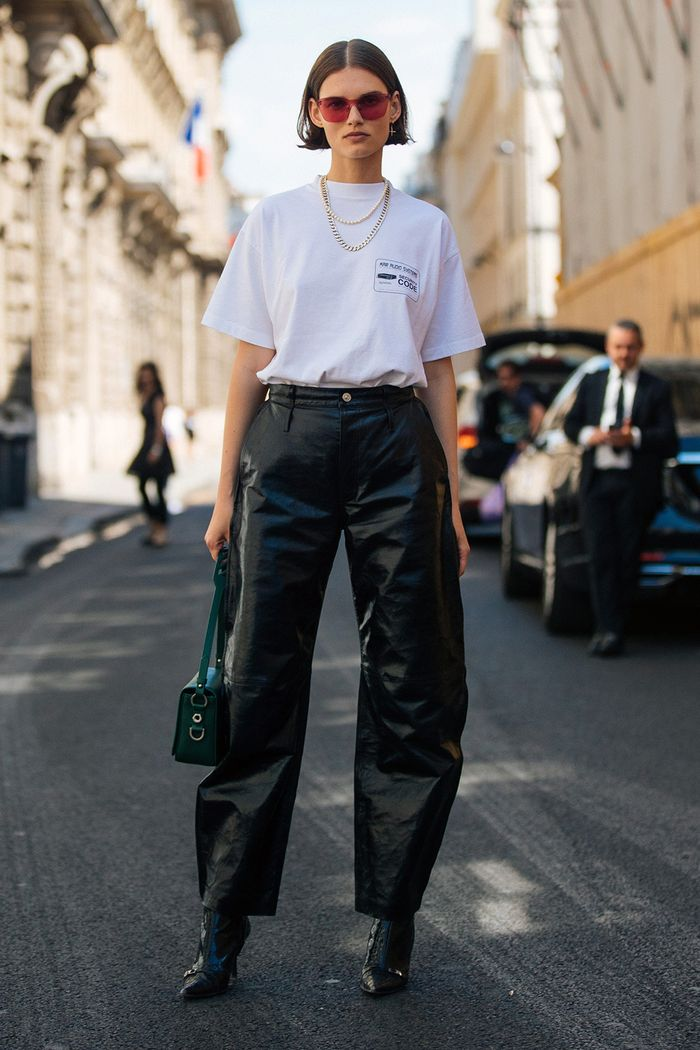 How to wear leather trousers