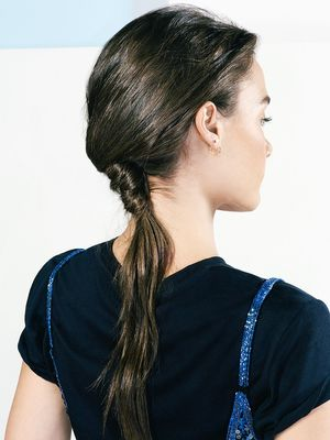 Tutorial: How to Do a Twisted, Textured Ponytail in 3 Steps