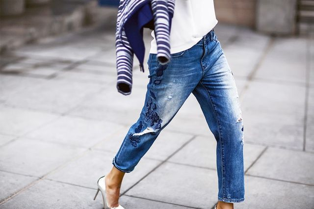 When the cut of these jeans is on the slouchy side, the silhouette makes room for a more versatile look. Not only can you wear this to the office, you can also wear them as part of a chic...
