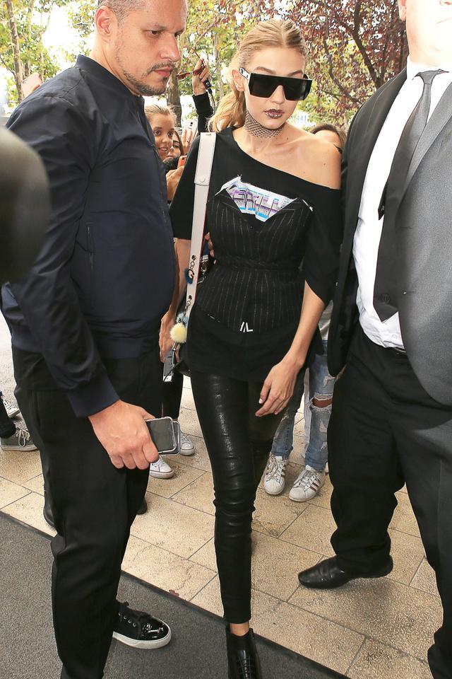 Gigi Hadid Milan Fashion Week September 22 2016
