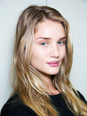"Models Reveal What's Really on Their ""Makeup-Free"" Faces"