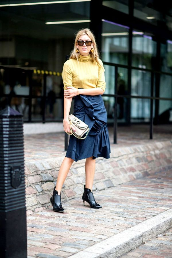 Look for a new skirt with ruffles and volume, and pair with point-toe ankle boots.