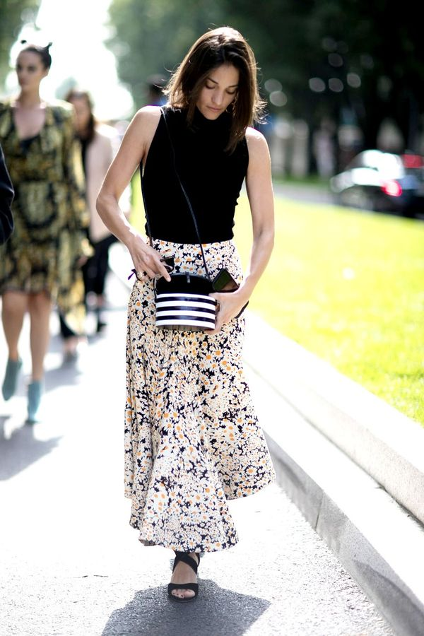 We can't stop thinking about this floral maxi skirt and turtleneck combo.