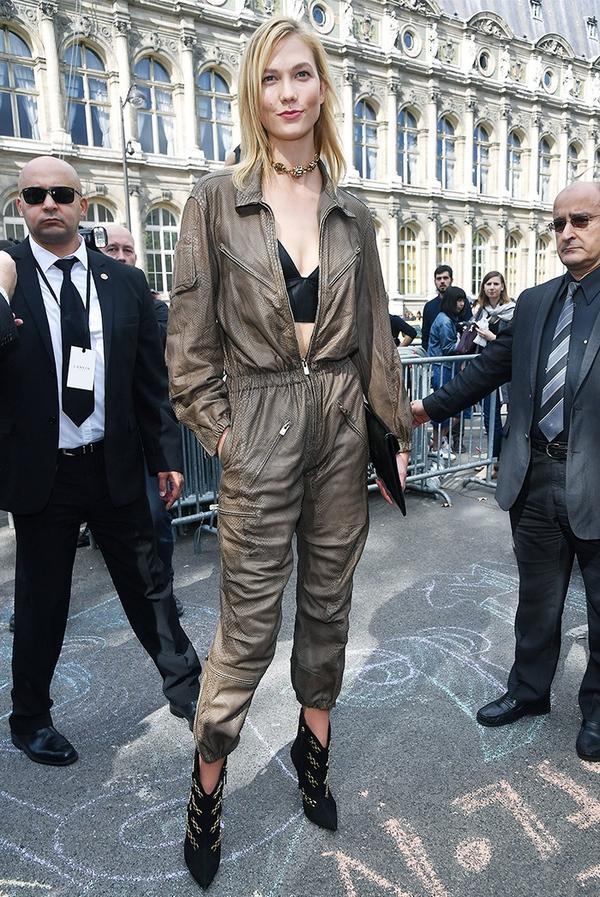 Karlie Kloss Lanvin S/S17 show