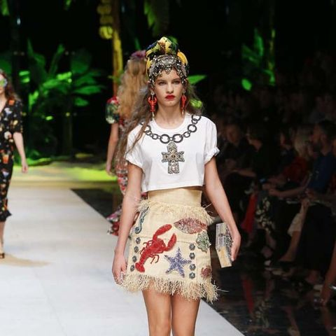 Hailey Baldwin Makes Her Dolce & Gabbana Runway Debut
