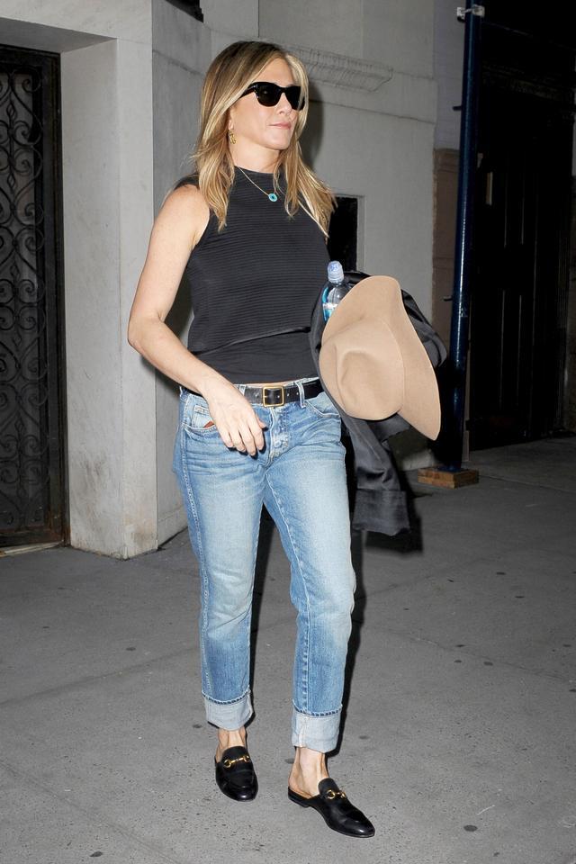 Jennifer Aniston September 26 OUtfit