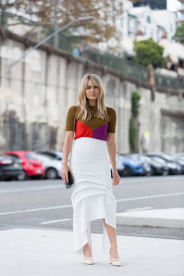 Day 3: Wear a colour-block knit with a white skirt.