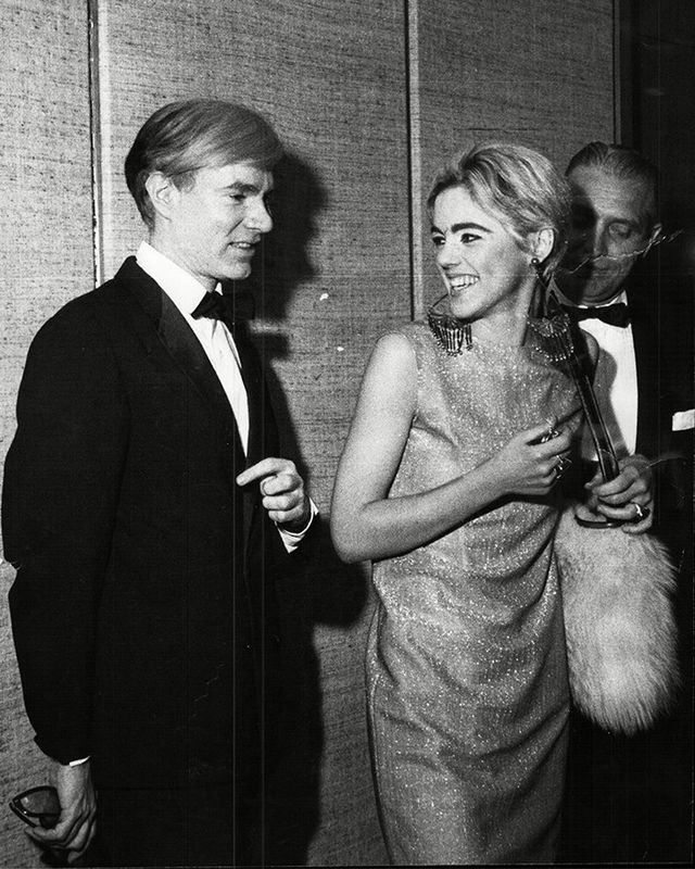 Socialite Edie Sedgwick paired her furry friend with a pair of jumbo chandelier earrings and a glittery dress.
