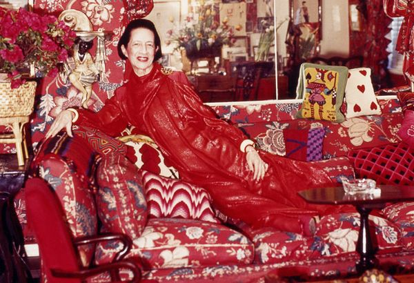Diana Vreeland: The Eye Has to Travel  (2011) Take a look into the colorful life and career of Diana Vreeland in this documentary that focuses on her time as editor in chief of Vogue.