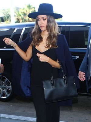 The Number-One Item Jessica Alba Wears to Look Chic at the Airport