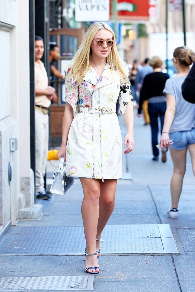 Dakota Fanning New York September 2016 Krewe Sunglasses