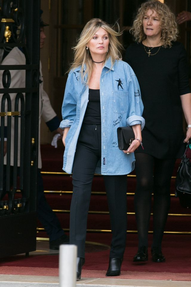 Kate Moss denim shirt street style
