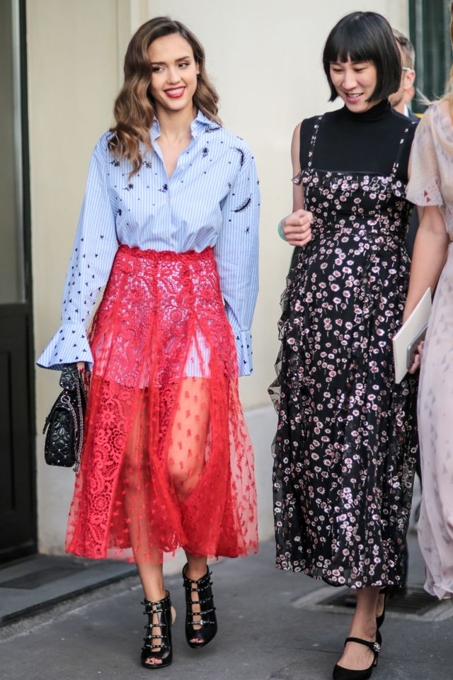 Jessica Alba Valentino Red Lace Skirt Paris  Eva Chen