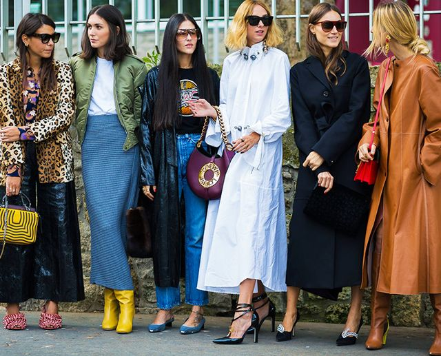 Style Notes: Diletta with the Italian fashionsquad—it's quite clearly not about the miniskirt here.