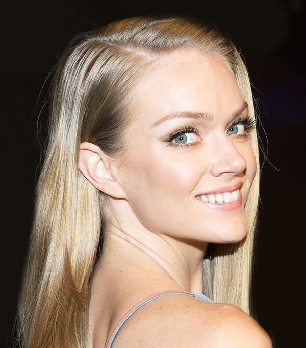 Our contributor Lindsay Ellingson broke down her entire in-flight beauty routine for us, and it was glorious. The one thing she never travels without? Klorane's Smoothing & Relaxing Patches...