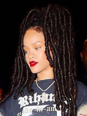 You Won't Believe Whose Picture Is on Rihanna's Shirt