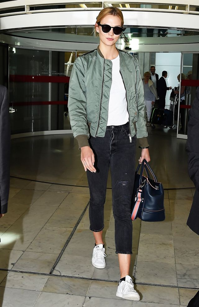 Karlie Kloss Unravel Bomber jacket Re/Done Jeans Adidas Sneakers Airport Style 2016