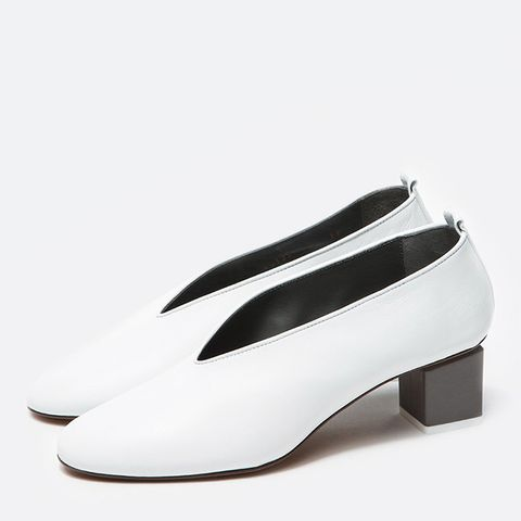 Mildred Pumps in White