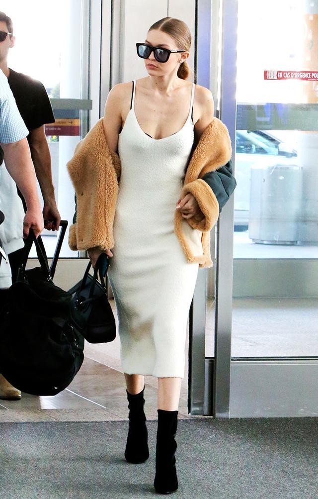 Gigi Hadid at Pearson International Airport in Toronto, Canada