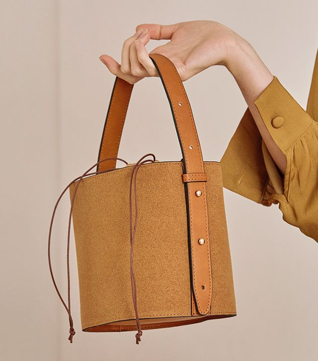 Loiél Seed Bucket Bag