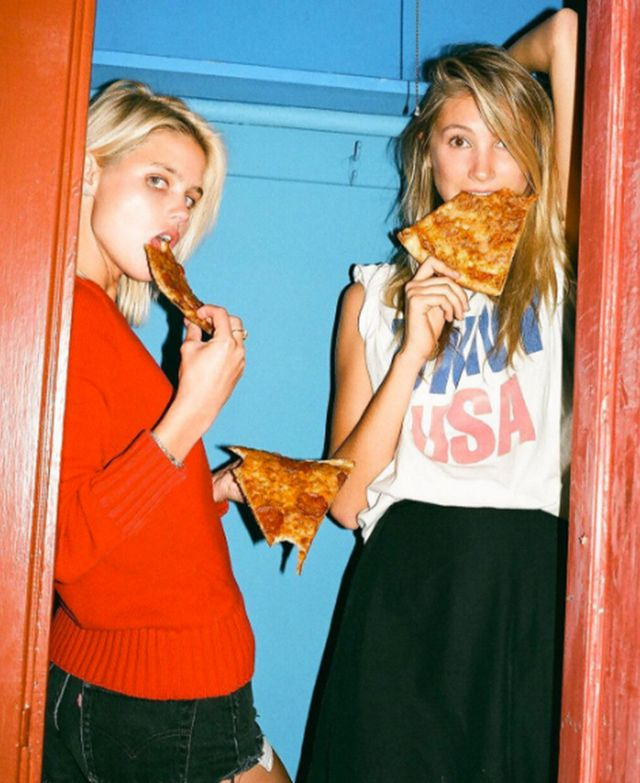 Hot Girls Eating Pizza