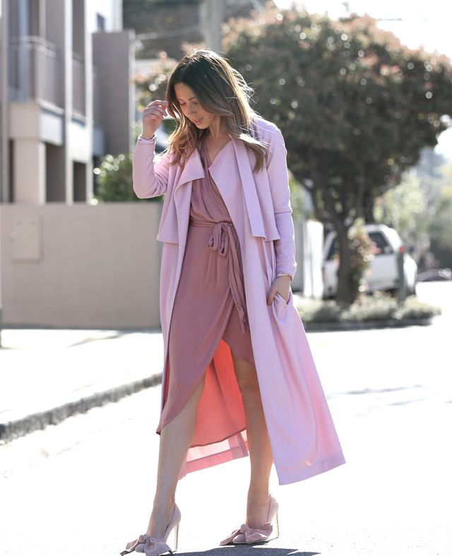 It's no surprise pink was the hero of this single-colour look: it's the fashion-girl colour of the year. Wearing one huefrom head to toe is the easiest way to look pulled together—just keep...