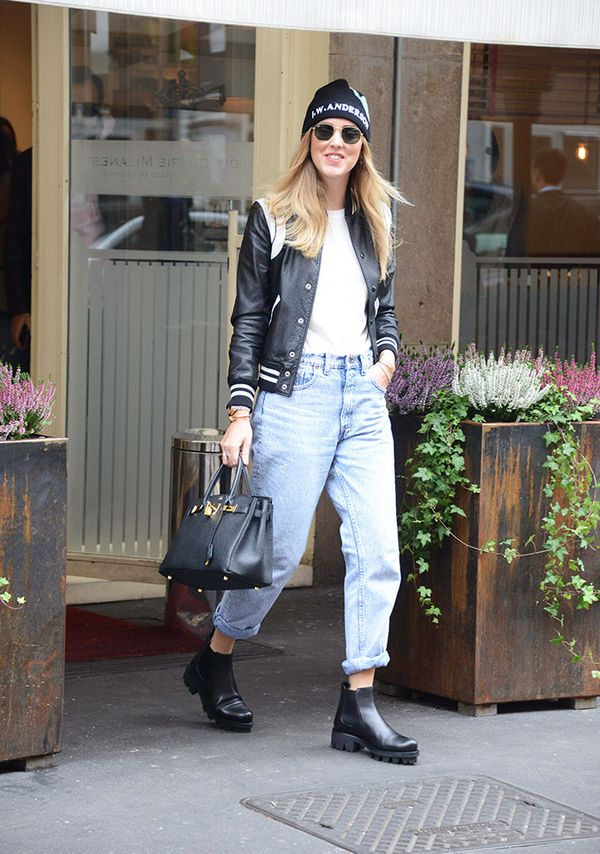 On Chiara Ferragni:Hermès bag.