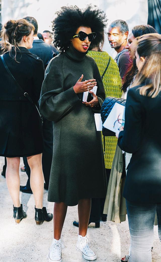 sweater dress converse street style