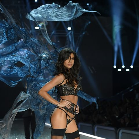 Every Look From the 2016 Victoria's Secret Runway Show
