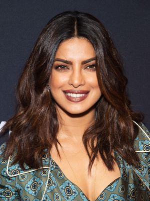 We're Obsessed With Priyanka Chopra's Take on a '90s Trend
