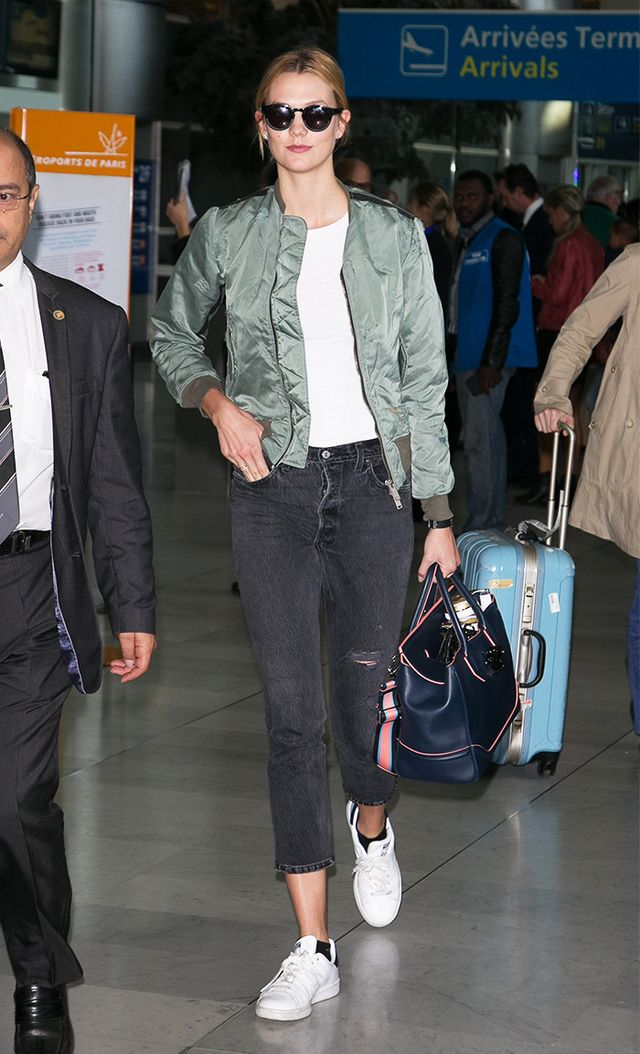 Karlie Kloss arriving at Charles de Gaulle airport for Paris Fashion Week