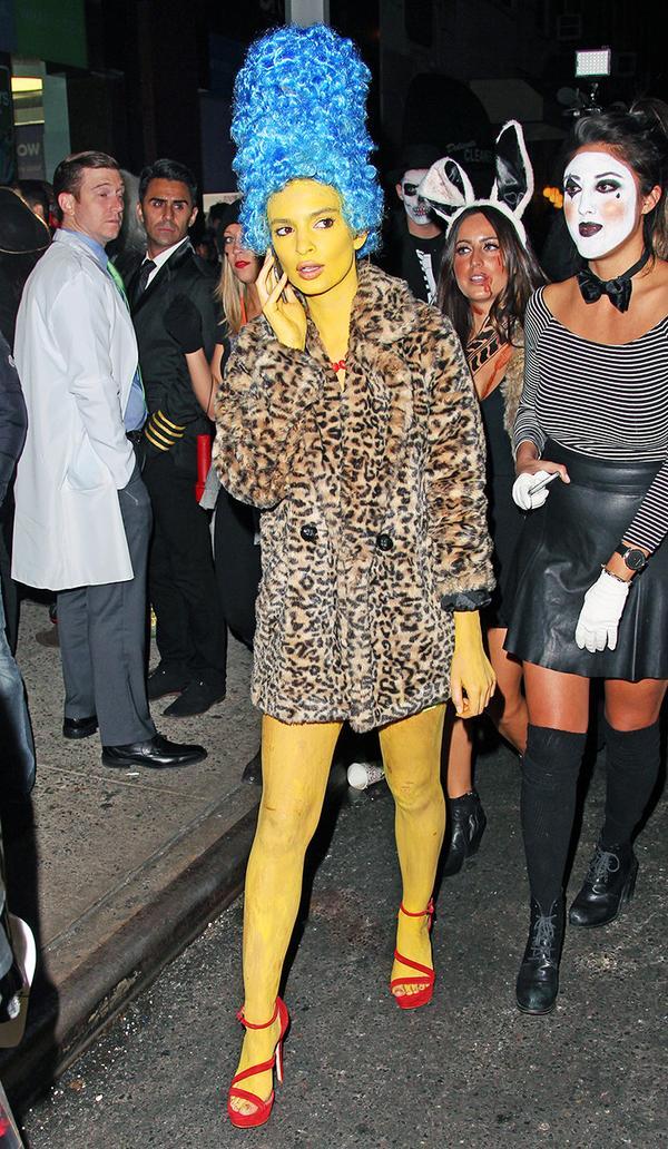 Emily Ratajkowski Halloween Costume